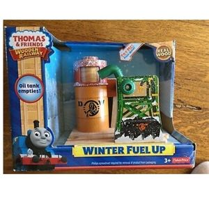Thomas and Friends Wooden Railway Winter Fuel Up